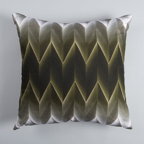 Gradient Vpleat Cushion