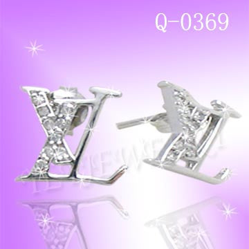 925 Sterling Silver CZ Small Branded Earrings Q 0369