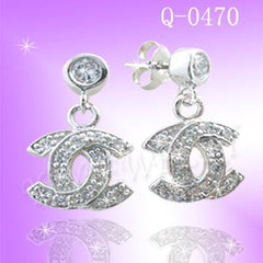 925 Sterling Silver CZ Branded Earrings Q0470