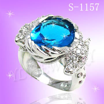 925 Sterling Silver CZ Hold Me Ring S 1157
