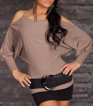 WOMAN TOP CHAIN COFFE