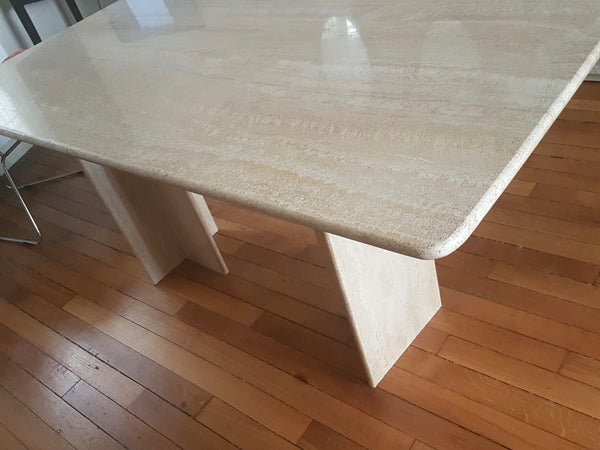 Table Artelano en travertin
