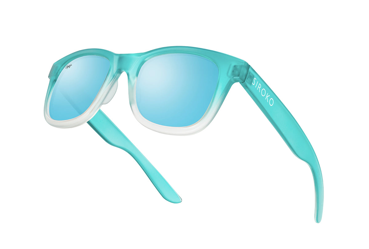 products/gafas-beach-club-flotando.jpg