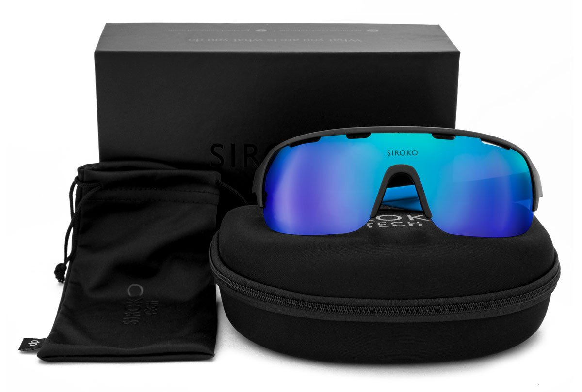 products/gafas-siroko-tech-k2-triathlon-flotando.png