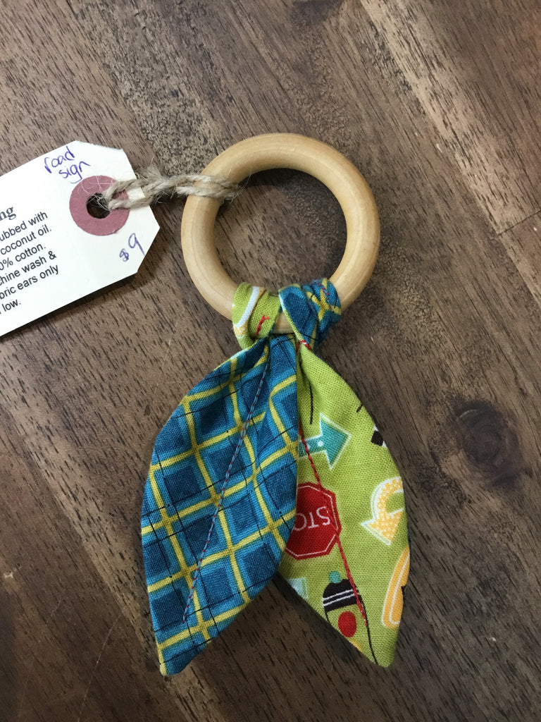 Chadwick's Of London - Wooden Teething Ring