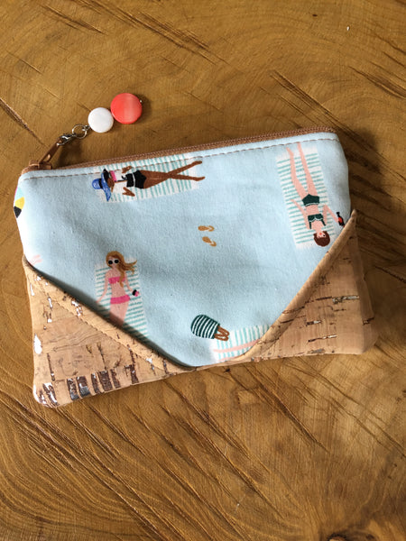 Carla's Creations - Zipper Pouch