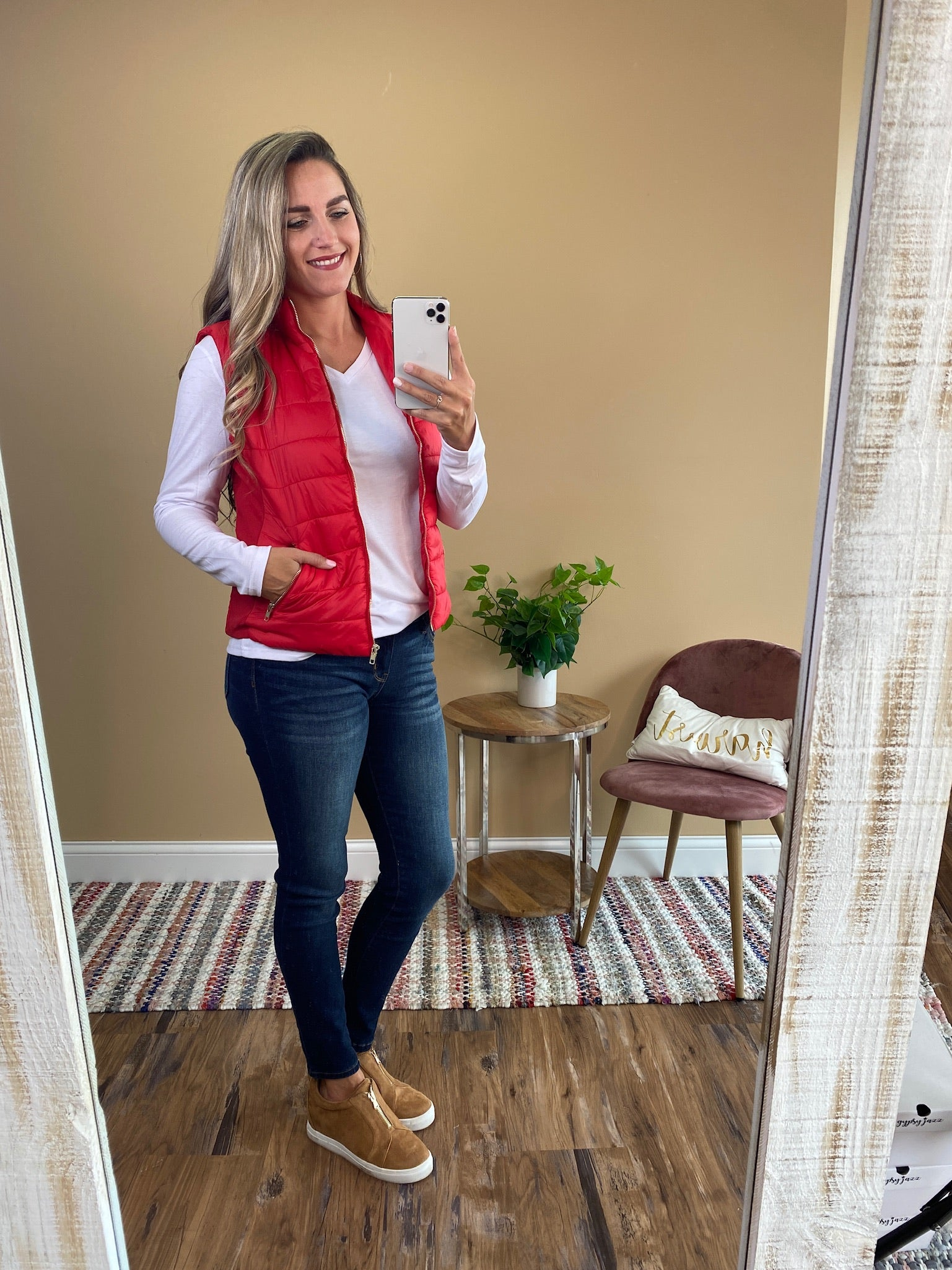 Maggie Puff Zip Up Vest - Red