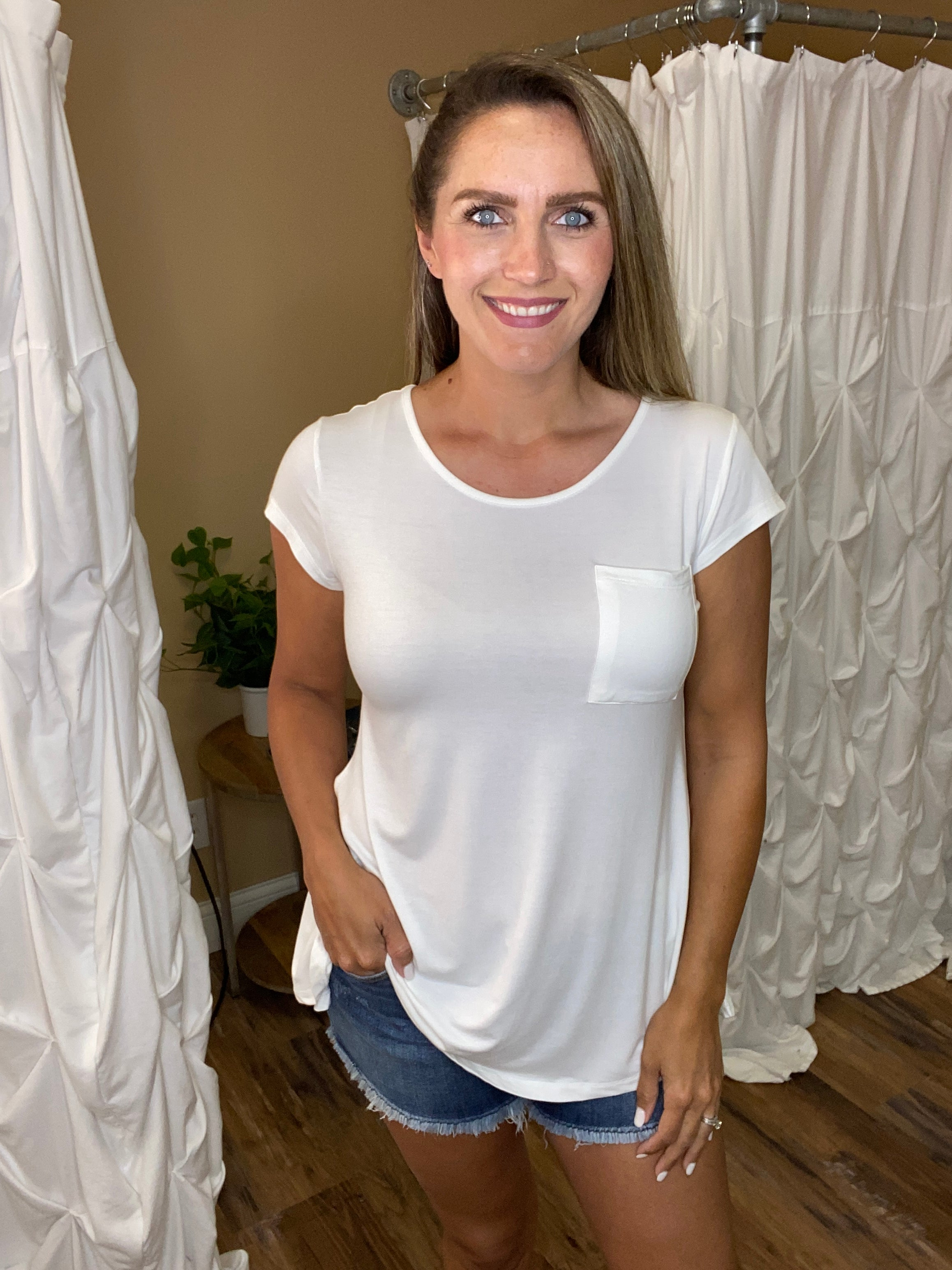 Fiona Solid Tee with Keyhole Back