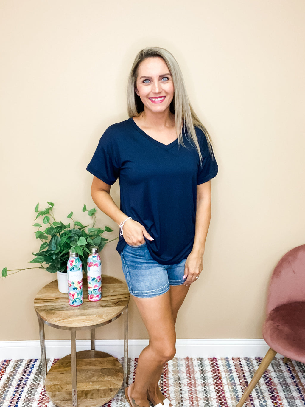 Willow Short Sleeve Basic V-Neck Top - Navy