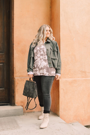 Trend in Taupe Top