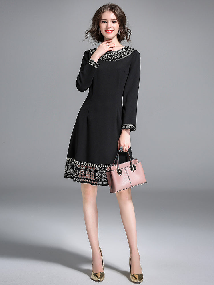 Women's Sheath Dress Solid Color Embroidery Celebrity Dress