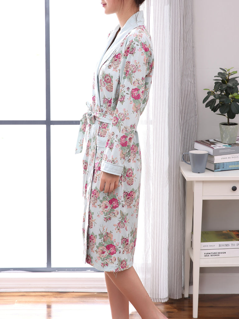 Women's Sleepwear Blossoms Turn Down Collar Long Sleeve Pocketed Night Robe