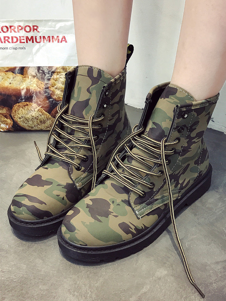 Women's Boots Retro Style Camouflage Lace Up Flat Comfy Shoes