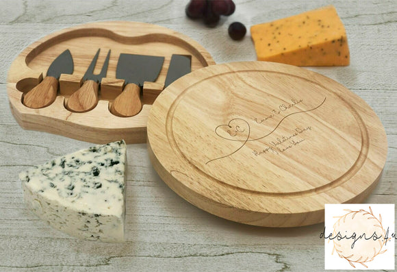 Cheeseboard Set ~ Happy Valentines Day I Love You