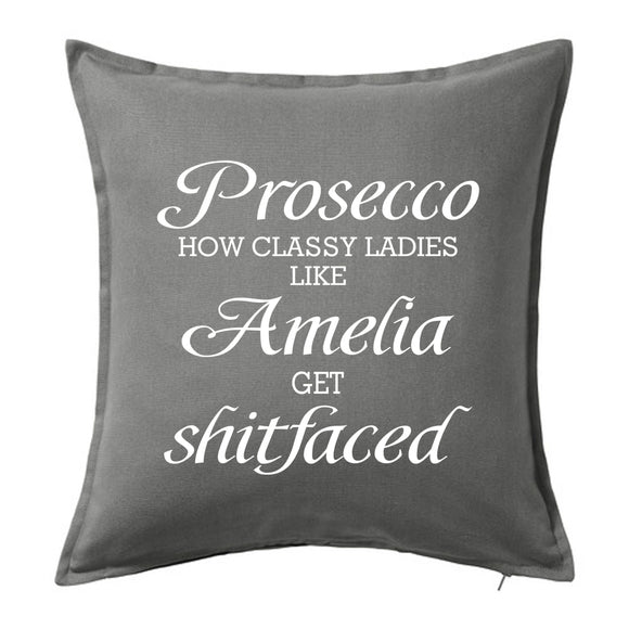 Prosecco - how classy ladies like