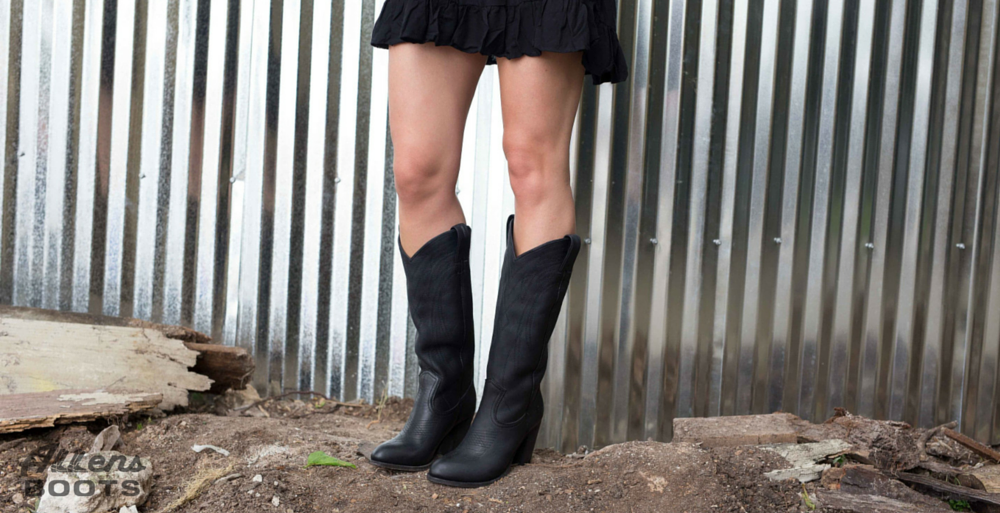 Stunning Black Boots: Frye llana Pull On