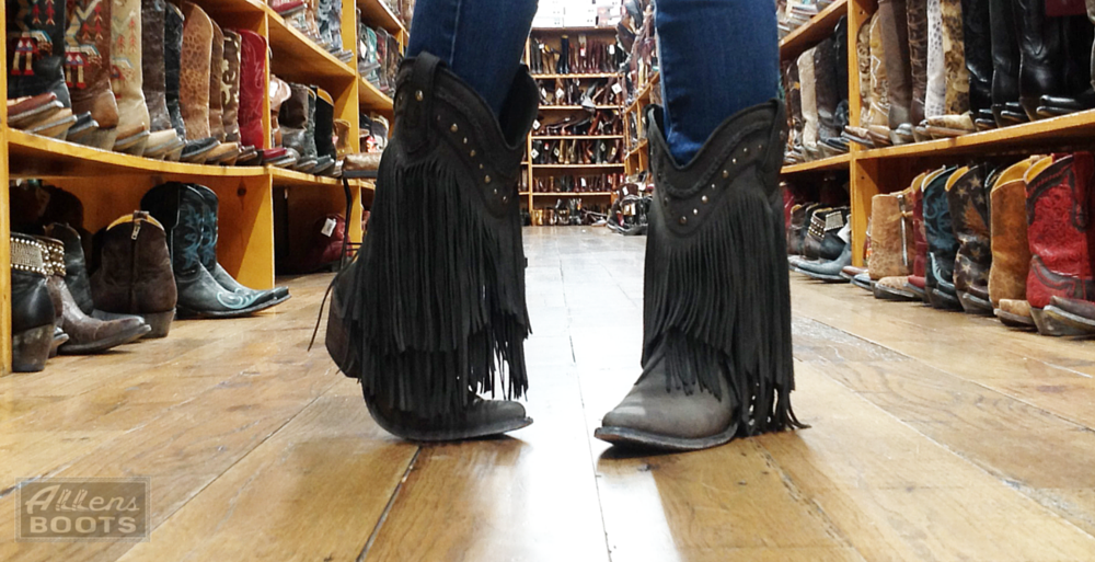 6 Tricks to Try If Your Cowboy Boots Hurt Your Feet