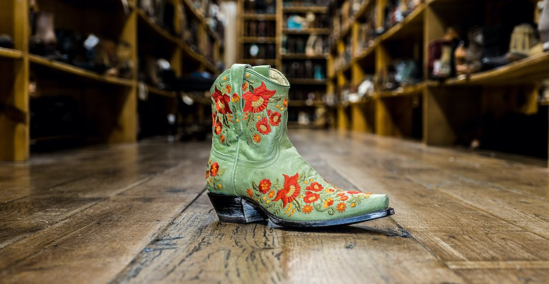 d2ec9fc4191 Cowboy Boots and Western Wear | Shop Now at Allens Boots
