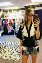 Load image into Gallery viewer, Statement Monochrome Peacock Print Pyjama Short Set