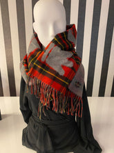 Load image into Gallery viewer, Checkered Red And Grey Queen Slogan Print Scarf