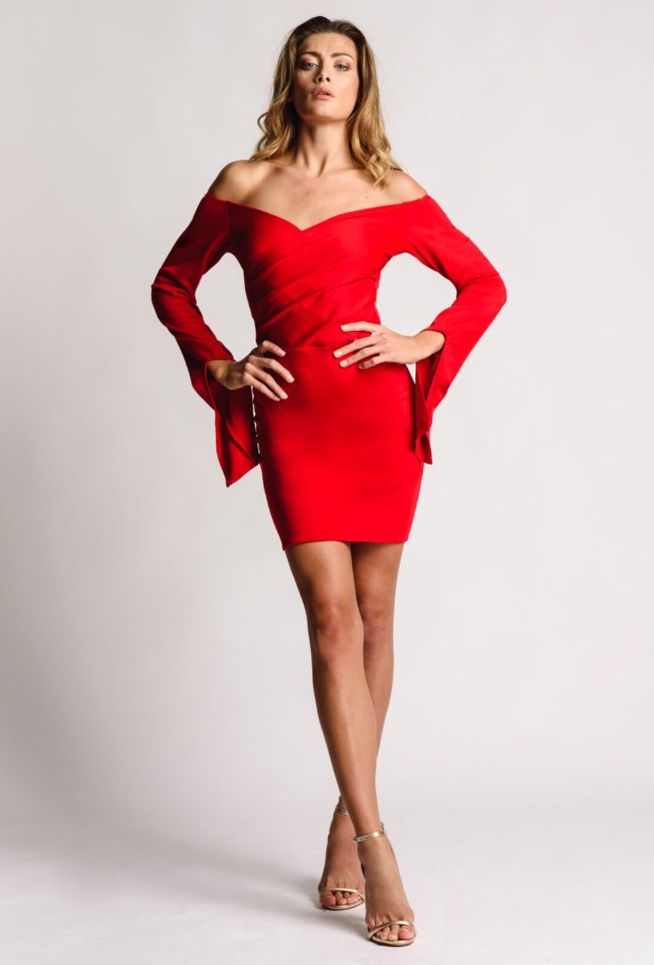 Red dress short with sleeves