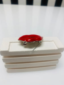 Red Lips Broach
