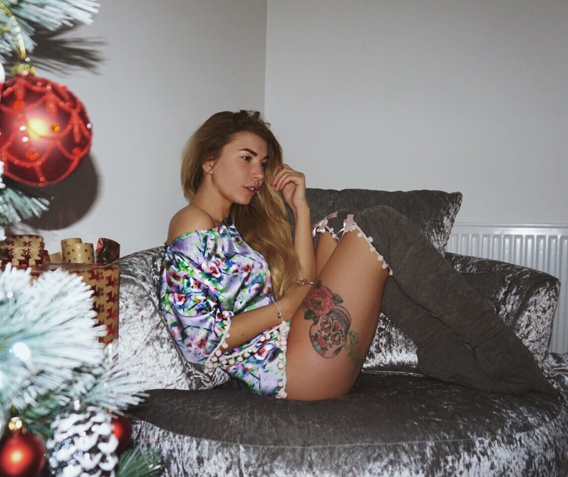Purple Floral Print Lounge Wear / Pyjamas Crop Top Shorts Pom-Pom Detail