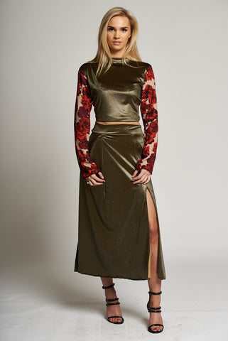 A Metallic Gold A-line Midi Skirt with Side Slit