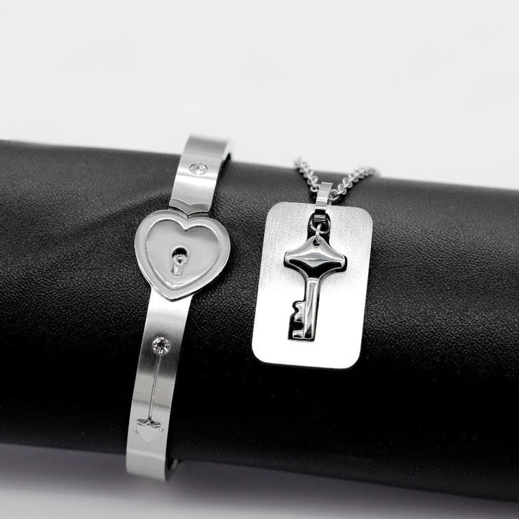 Locked Love Bracelet with Key Necklace - CoupleGifts.com