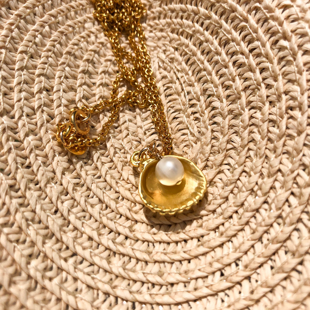 Gold Plated Scallop and freshwater pearl necklace