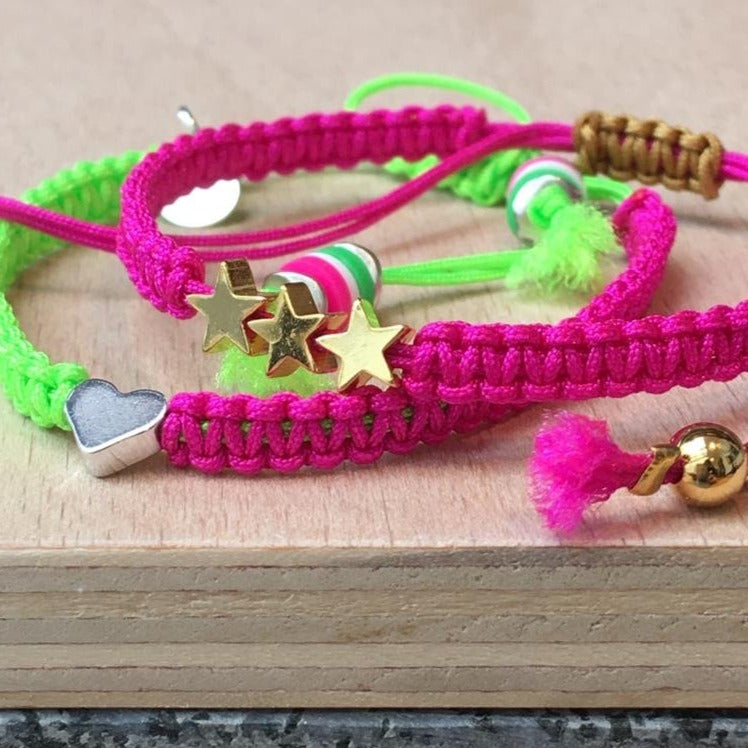 Silver Heart Friendship Bracelet (Neon Green/Pink)