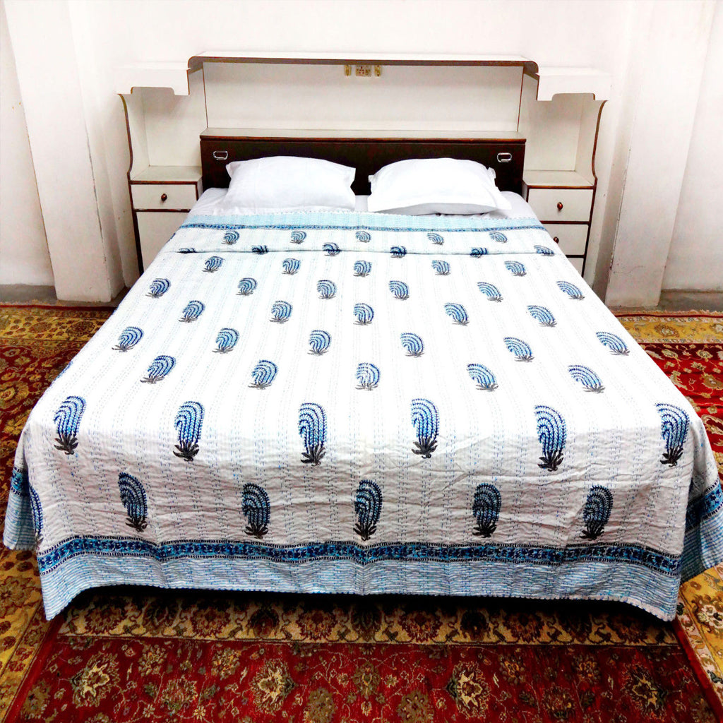 Acquatic illustrations white and blue block print king size bedspread