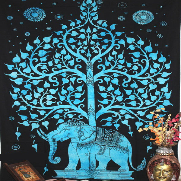 THE LUCKY BLUE TREE TAPESTRY AND BEDDING