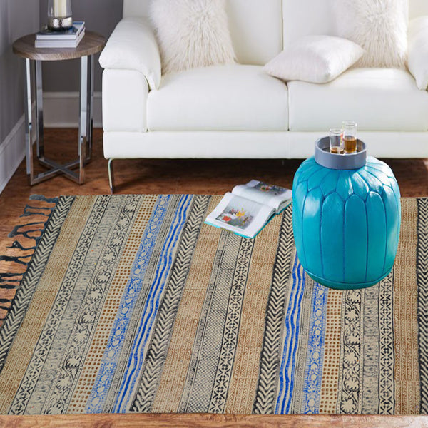 Gorgeously striped rug with beige and blue overtones