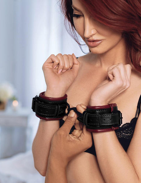Saffron Cuffs By Sportsheets International Model