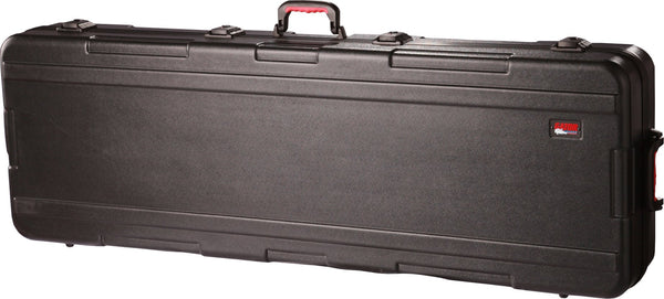 Gator 61 Note Case w/ wheels; TSA Latches