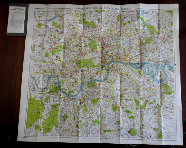 London England c. 1900 G.W. Bacon detailed city plan folding map in booklet