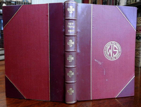 New Testament 1946 Nelson Revised beautiful leather bound old book fine binding