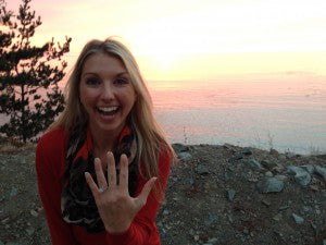 Cortney shows off her new Hearts On Fire Transcend Dream engagement ring at Pfeiffer Beach in California!