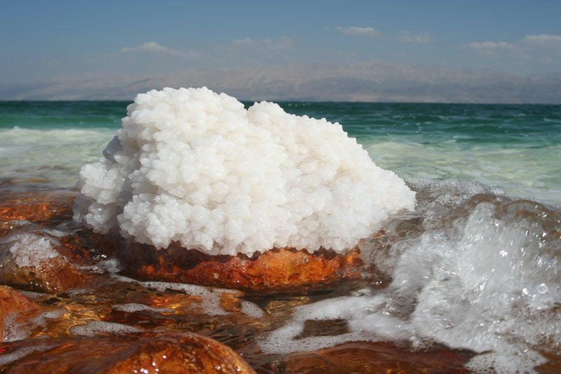 Dead Sea bath salts benefits