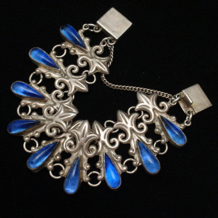 Color in Costume Jewelry: Blue