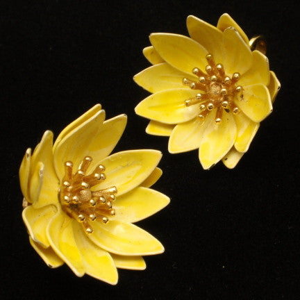 Color in Costume Jewelry: Yellow