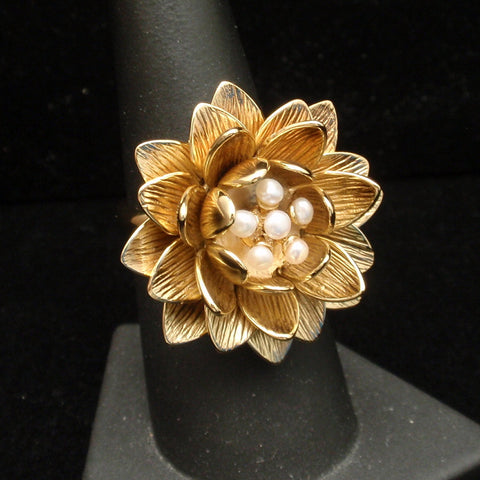 Anitanja Water Lily Ring