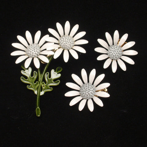 Pale Grey Daisy Flower Pin & Earrings Set 1960s Flower Power