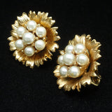 Flower Earrings Imitation Pearls Vintage Lisner Clips