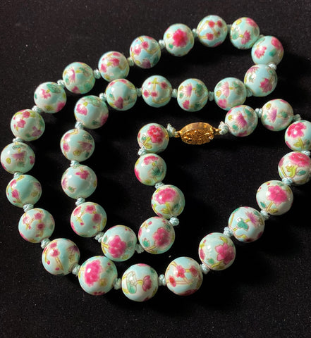 Chinese Painted Porcelain Beads Necklace
