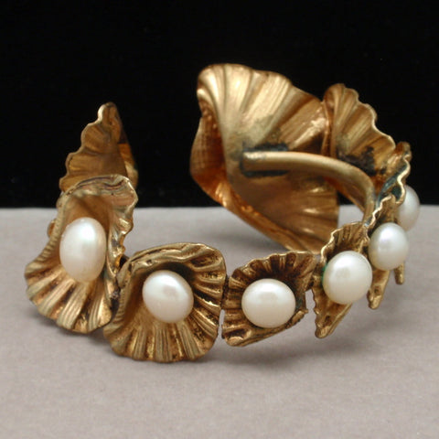 Shells Bracelet with Imitation Pearls