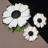 Black & White Set Brooch Pin Earrings Vintage 1960s Graphic
