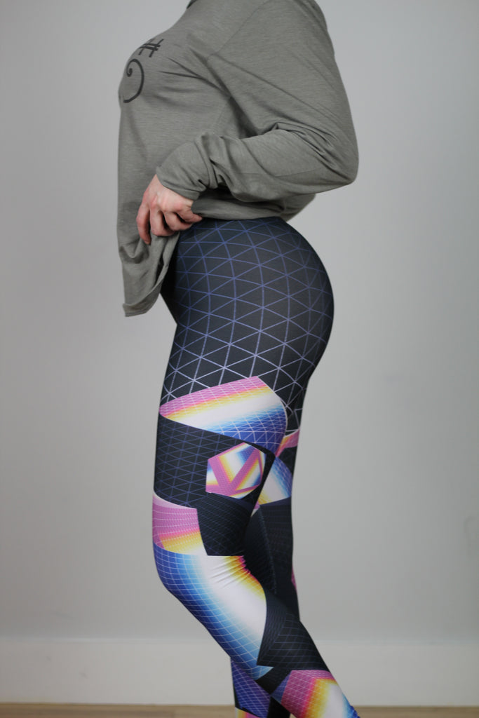 Hyper Focus Leggings by Klarens
