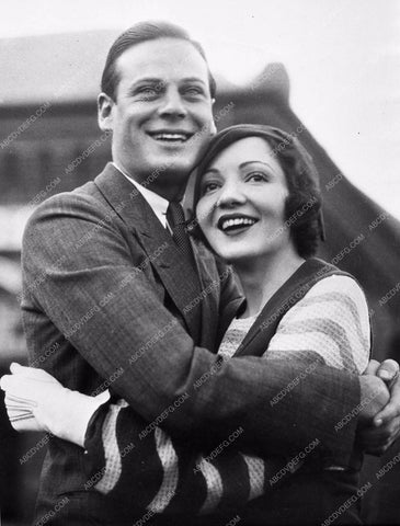 1931 Candid Claudette Colbert and husband 720-06